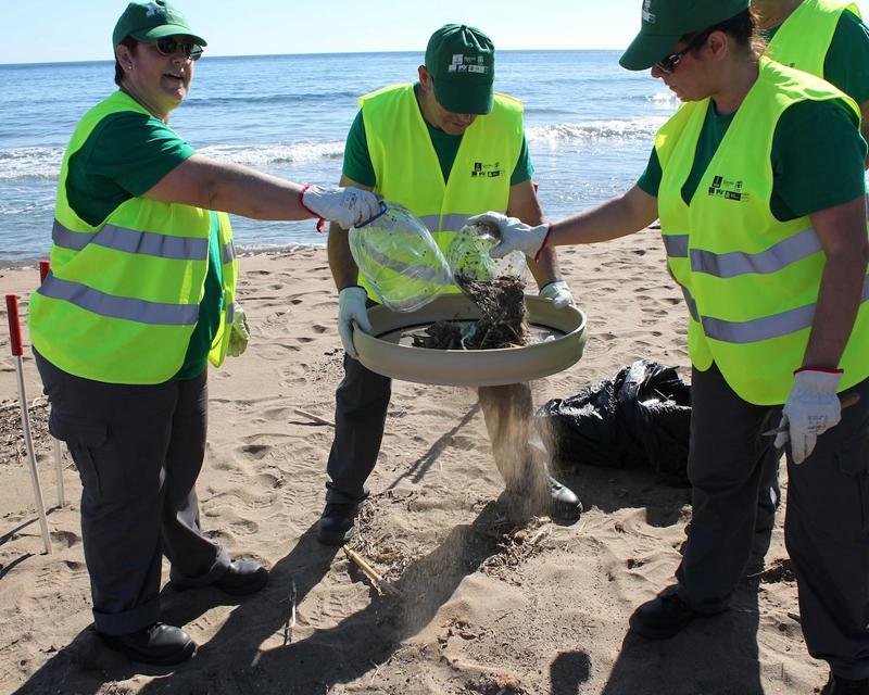 Casi seis mil voluntarios en apoyo de las playas y los ríos