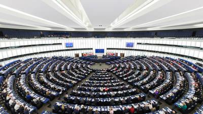 Hemiciclo del Parlamento Europeo en Estrasburgo, durante una sesión plenaria (foto: David Iliff / Wikicommons).