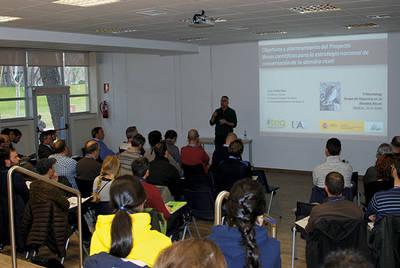 Jornada de trabajo sobre la alondra ricotí celebrada el pasado 26 de febrero en la Universidad Autónoma de Madrid (foto: TEG-UAM).