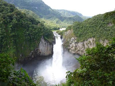 Cascada de San Rafael, en las estribaciones orientales de los Andes ecuatorianos (foto: Juan Carlos Guix).