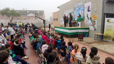 Entrega de premios del concurso entre colegios andaluces para dar nombre común al branquiópodo Linderiella baetica (foto: José Manuel Amarillo y Carlos Manuel García).