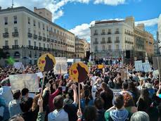 Manifestación en defensa del lobo celebrada el pasado 12 de marzo en la Puerta del Sol (Madrid), convocada por las mismas ONG que han presentado la PNL (foto: WWF España).