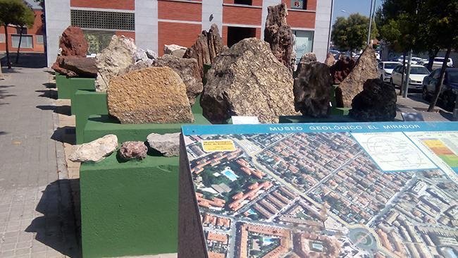 Museo de geología al aire libre en la localidad de Colmenar Viejo