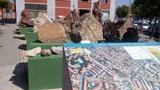 Algunas de las rocas expuestas en el museo geológico al aire libre de Colmenar Viejo (Madrid). Foto: Ayuntamiento de Colmenar Viejo.