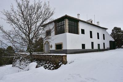 Estación de Campo de Roblehondo, en plena Sierra de Cazorla, tras una nevada en 2018 (foto: Carlos Herrera).