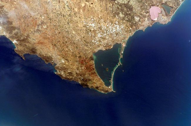 Imagen de satélite del Mar Menor (foto: NASA).