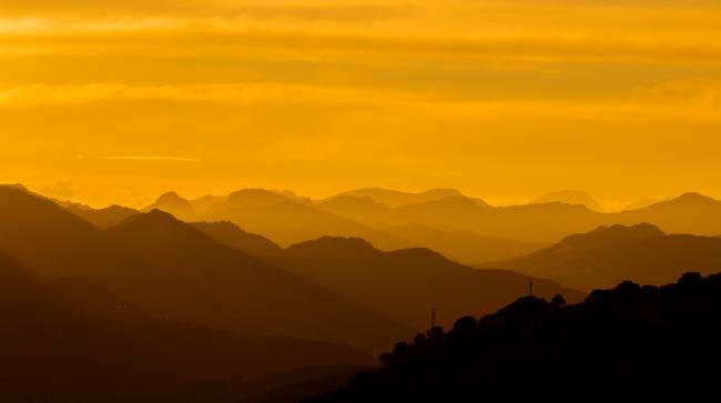 Panorámica de la Cordillera Cantábrica (foto: Jesús Fernández Carro).